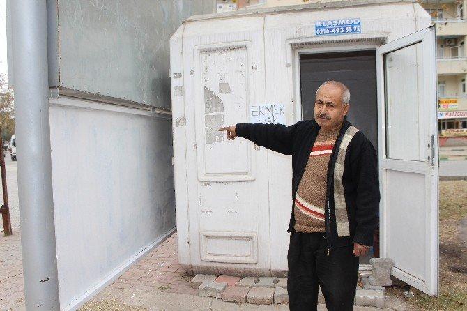 Ceyhan'da Kafa Yaran Tabelaya Türk İşi Çözüm