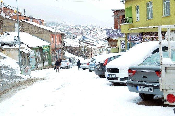 Çelikhan'da, Kar Yağışı