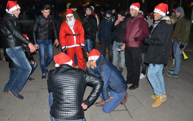 Ankara'da yılbaşı kutlamasına yabancılar akın etti