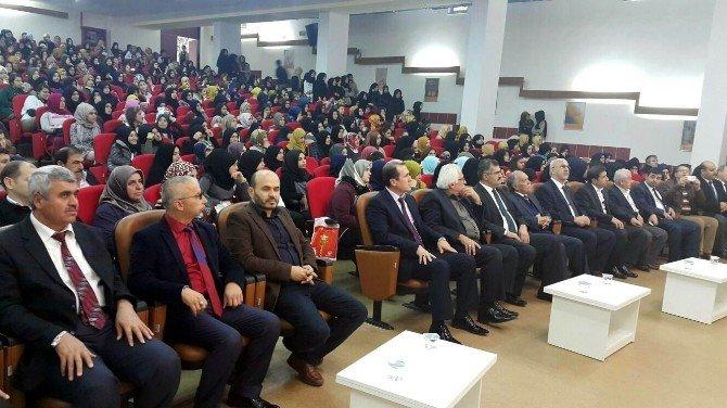 Animder Mehmet Akif'i Andı