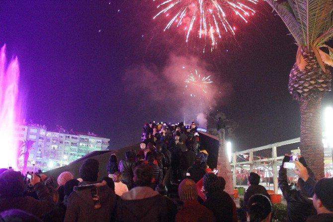 Aydın Yeni Yıla Eksi 3 Derecede Renkli Girdi