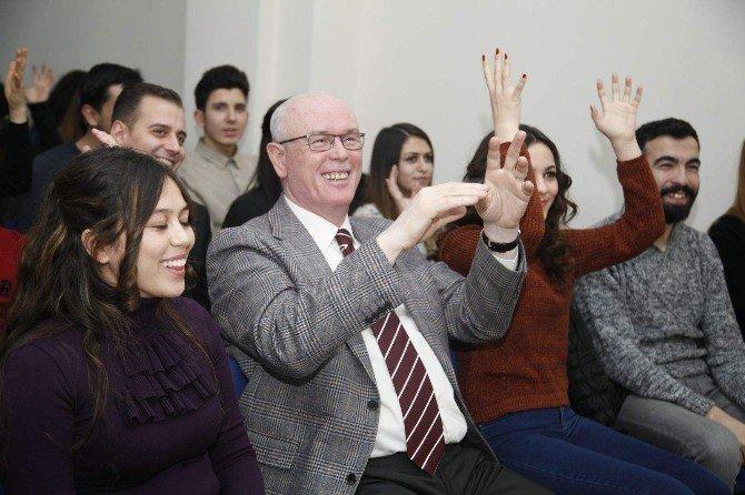 Başkan Kurt Yeni Yılı Gençlerle Kutladı