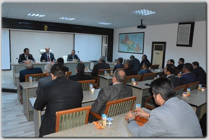 Genel Sekreter Bolat, Personel İle Toplantı Yaptı