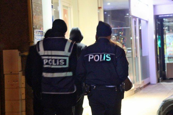 Kırşehir'de polislerden 'yılbaşı huzur' uygulaması