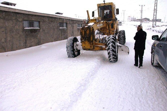 Iğdır'da 51 Köy Yolu Ulaşıma Kapandı