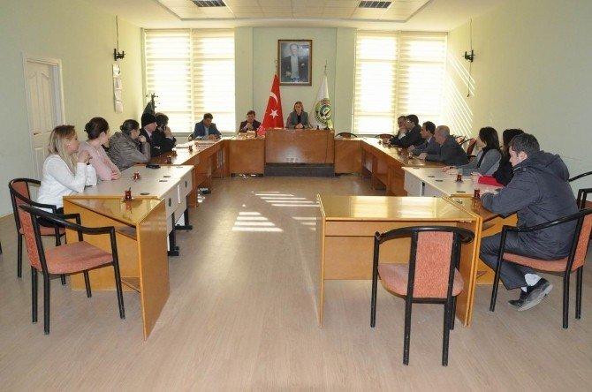 Başkan Vekili Nuran Başkütük, Birim Müdürlerinin Yeni Yılını Kutladı