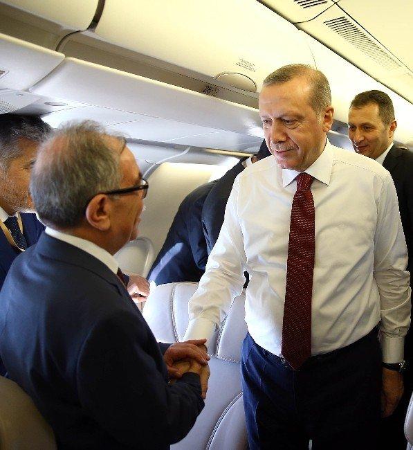 Erdoğan'ın Suudi Arabistan Dönüşünde Uçakta Karakaya'nın Koltuğu Boş Bırakıldı