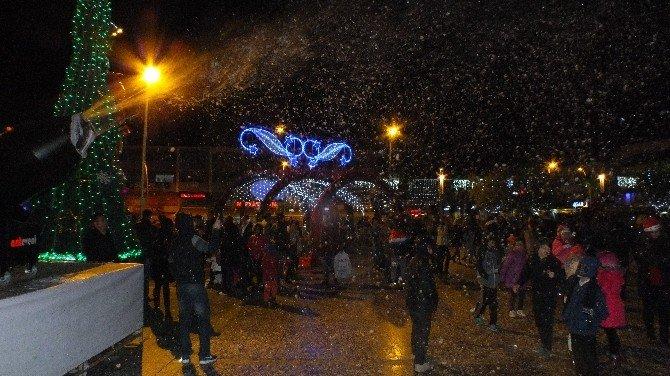 Marmaris Yeni Yıla Dondurucu Soğukta Gökce İle Merhaba Dedi