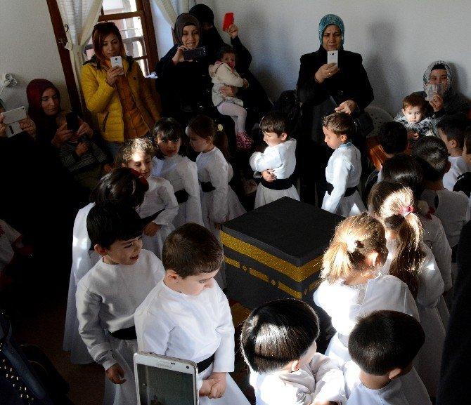 Minik Semazenler Mekke'nin Fethi'ni Kutladı