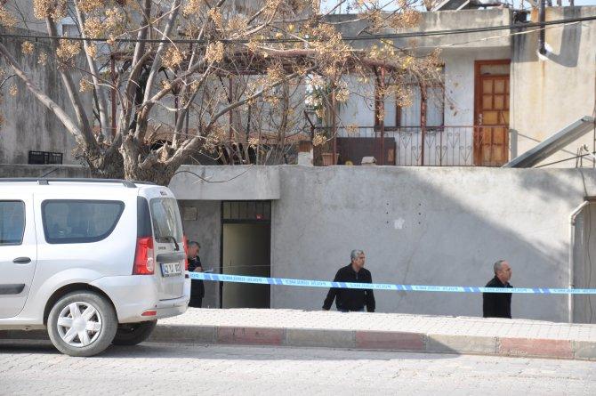 Eski eşine kızan adam kızını öldürdü, torununu gözünden vurdu