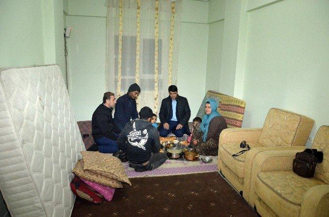 Suriyeli Aile Yeni Yılı, Yeni Evlerinde Karşıladı