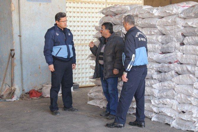 Turgutlu'da Kömür Satış Noktalarına Zabıta Denetimi