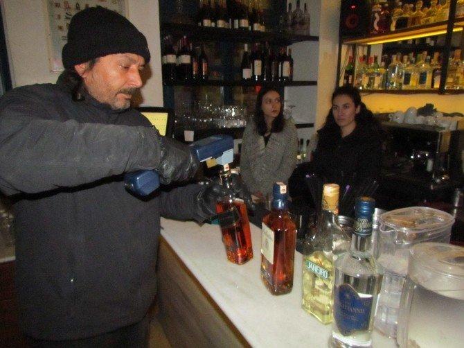 Polis Yılbaşı Akşamında Kaçak İçkiye Geçit Vermedi