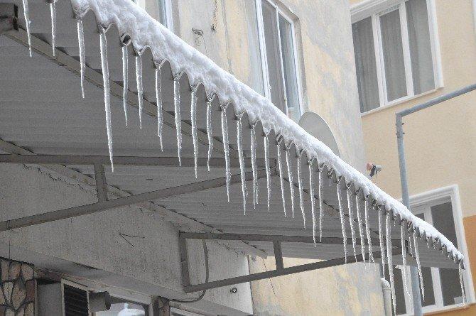 Balıkesir Buz Tuttu