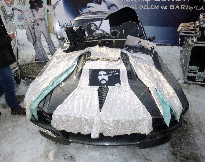 Barış Manço'ya 73. Yaş Gününde Klasik Otomobili Ve Özel Eşyalarıyla Anma