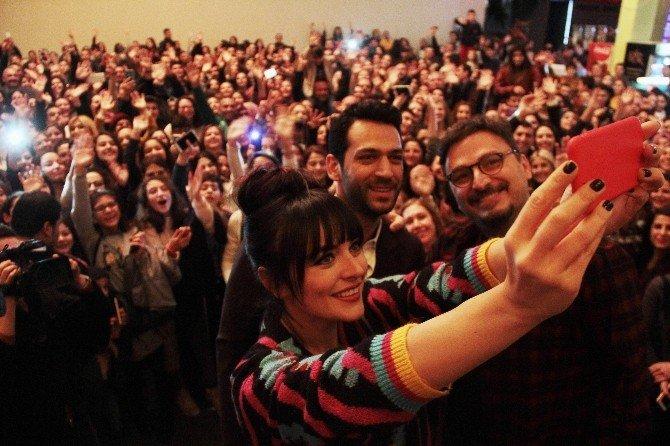 'Kocan Kadar Konuş: Diriliş' Filminin Özel Gösterimi Adana Yapıldı