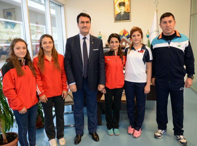 Osmangazi, sporda 2015'e damgasını vurdu