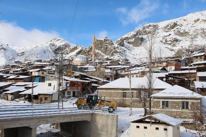 Kapanan Köy Yolları İçin Seferber Oldular
