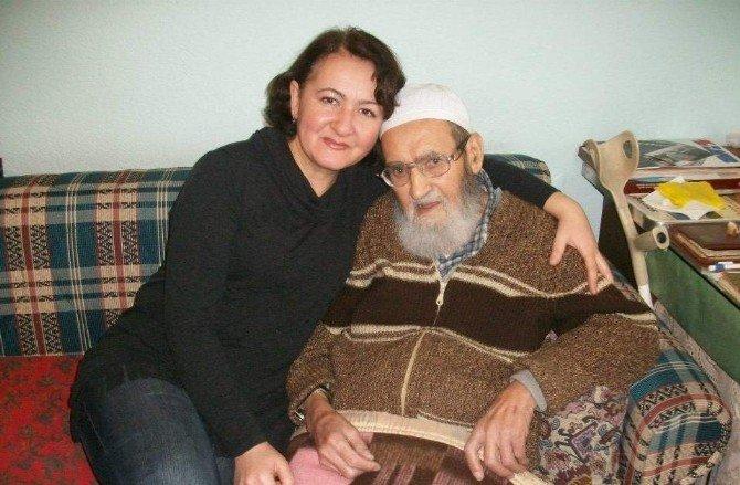Yenikent Muhtarı Nazik'den Yaşlılara Vefa