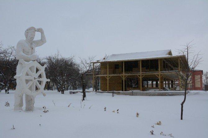Tatvan'dan Kartpostallık Kar Görüntüleri