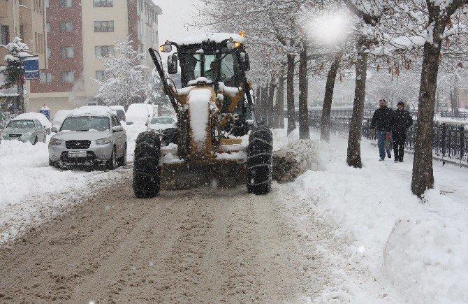 Kastamonu'da 85 Köy Yolu Ulaşıma Açıldı