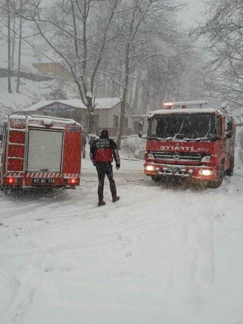 Kozlu Belediyesi Karla Mücadelesini Sürdürüyor