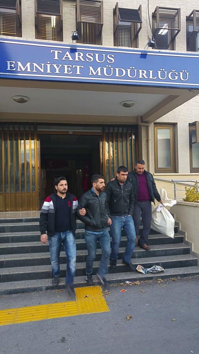 Tarsus'ta silah, uyuşturucu ve kaçak sigara ele geçirildi