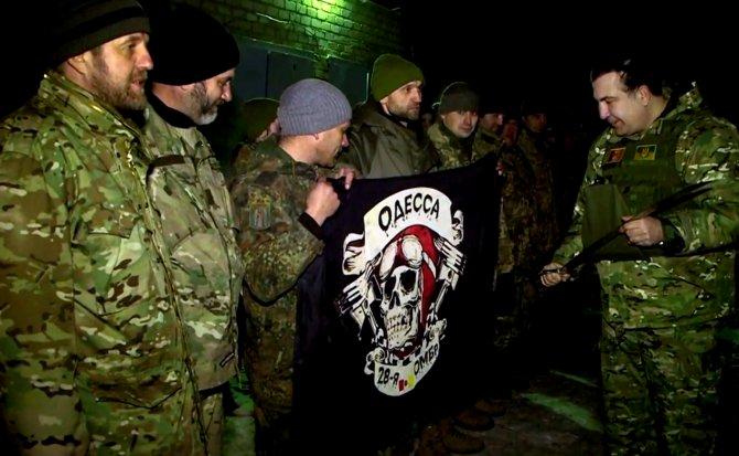 Saakaşvili yeni yıla cephe hattında girdi
