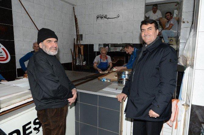 Mustafa Dündar'dan Esnafa Yeni Yıl Ziyareti