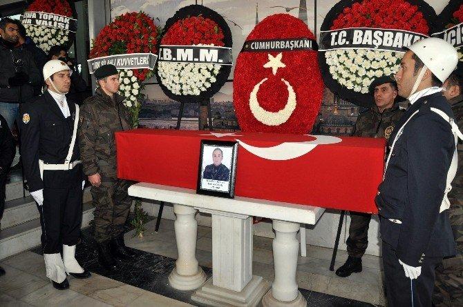 Özel Hareket Polisine İzmir'de Son Veda