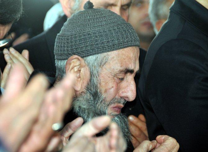 Şehit polis Aktürk, İzmir'de gözyaşları arasında defnedildi
