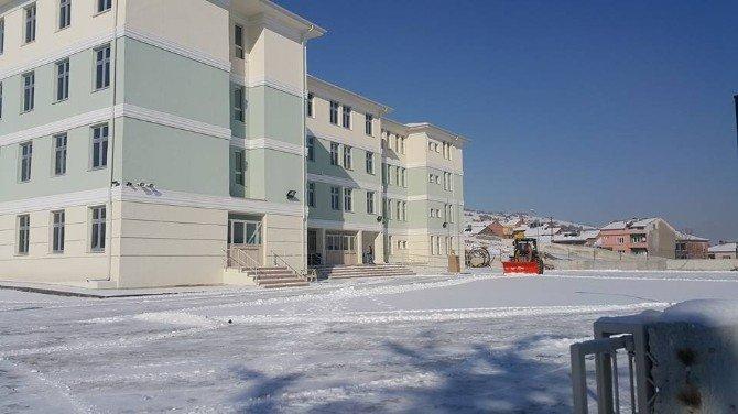 Bozüyük'te İş Okulu Yeni Binasına Taşındı