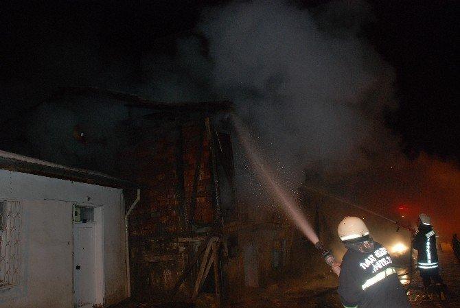 Tokat'ta Virane Evde Yangın