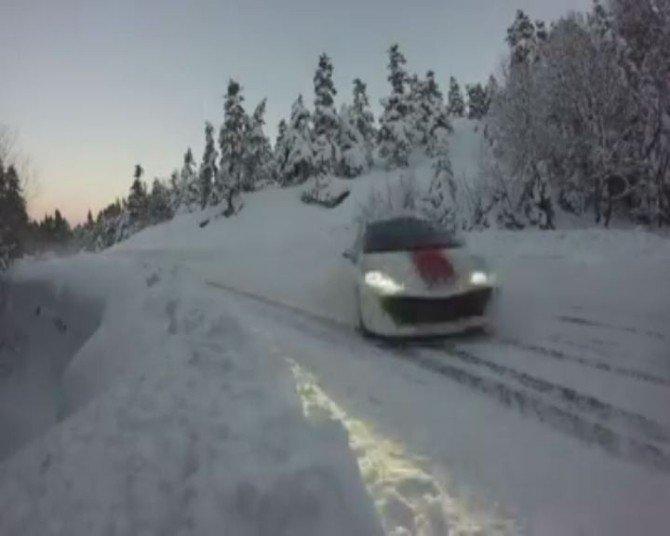 Uludağ'da Kar Ve Buzu Böyle Keyfe Dönüştürdüler