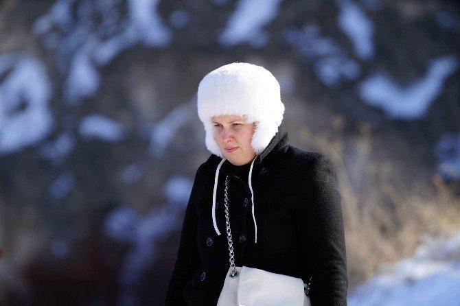 Karlar Altındaki Kapadokya'dan Tablo Gibi Görüntüler