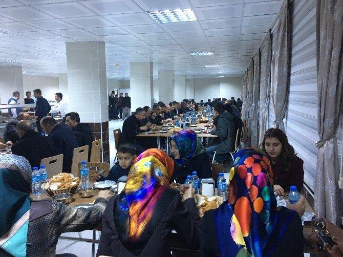 Eğitim Bir-sen Üyeleri Dayanışma Toplantısında Bir Araya Geldi