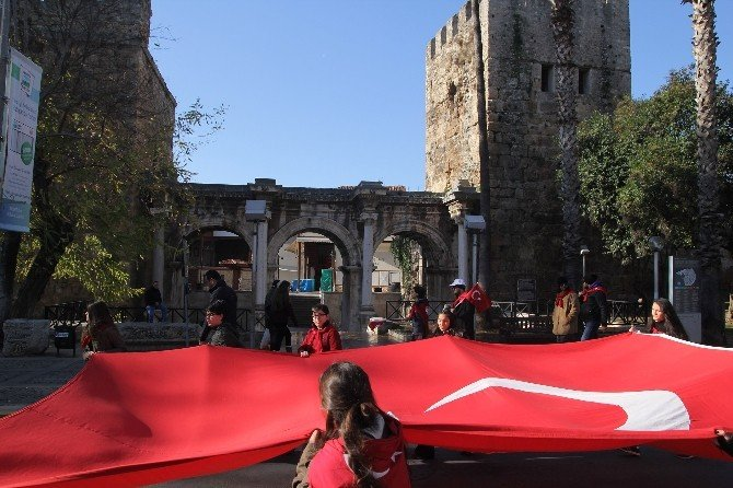 Sarıkamış Şehitleri Antalya'da Da Anıldı