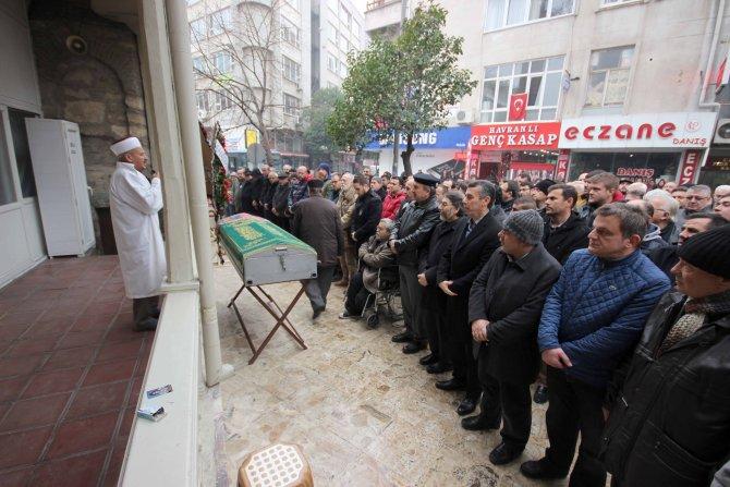 Edremit'te gazeteci Öcalan'ın acı günü