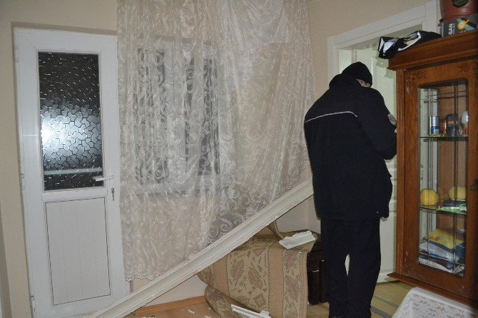 Mutfaktaki Patlamada Bir Kişi Yaralandı