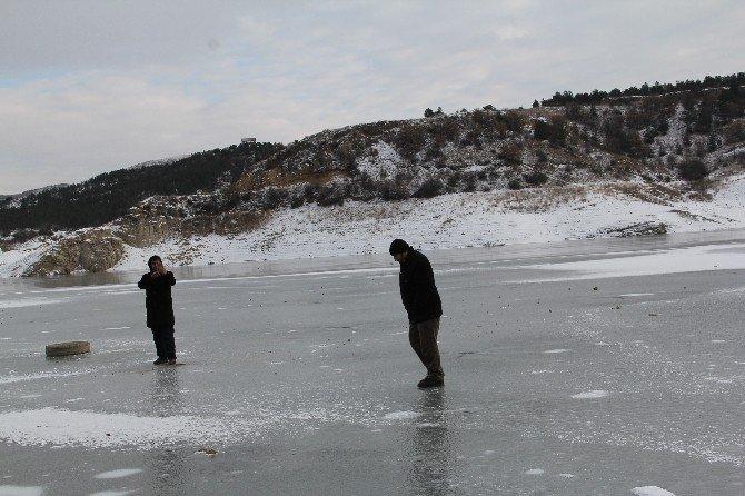 Çorum Barajı Buz Tuttu