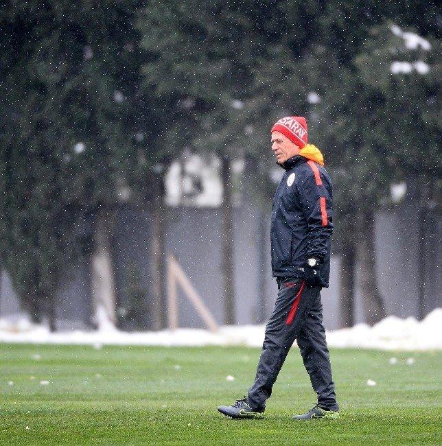 Galatasaray, 2016 Yılının İlk Antrenmanını Yaptı