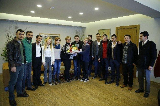 Gençlerden Başkan Pekdaş'a Ziyaret