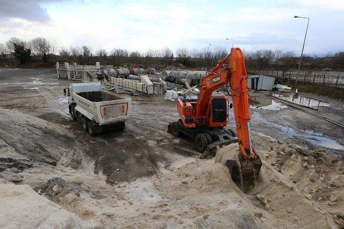 Sakarya'da Karla Mücadele Kapsamında Bin 500 Ton Tuz Atıldı