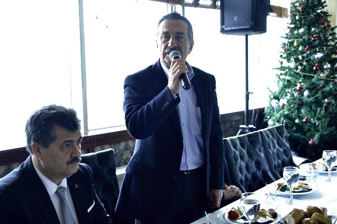 Başkan Ataç, Esnafla Bir Araya Geldi