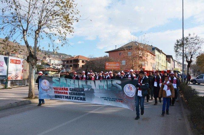 Sarıkamış Şehitleri İçin Niksar'da Yürüyüş Düzenlendi