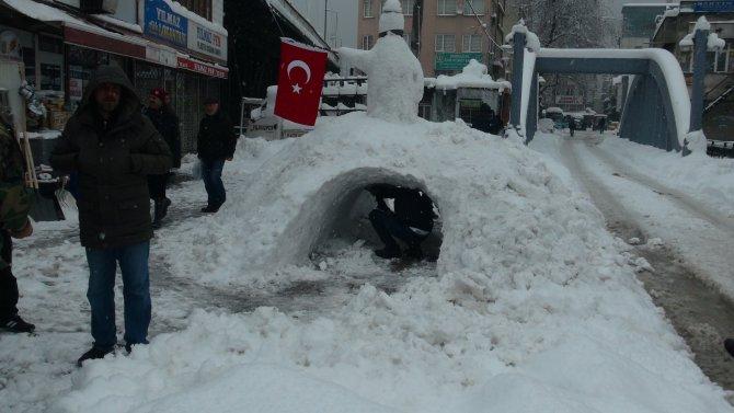 Kardan maden ocağı yaptılar