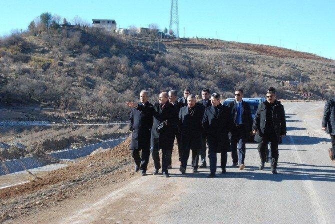 Vali Demirtaş, Milletvekilleri İle Birlikte Beşpınar'da İncelemelerde Bulundu
