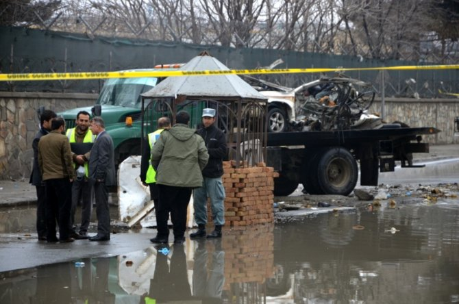 Afganistan'ın başkentinde, yabancı askerlere yönelik intihar saldırısı