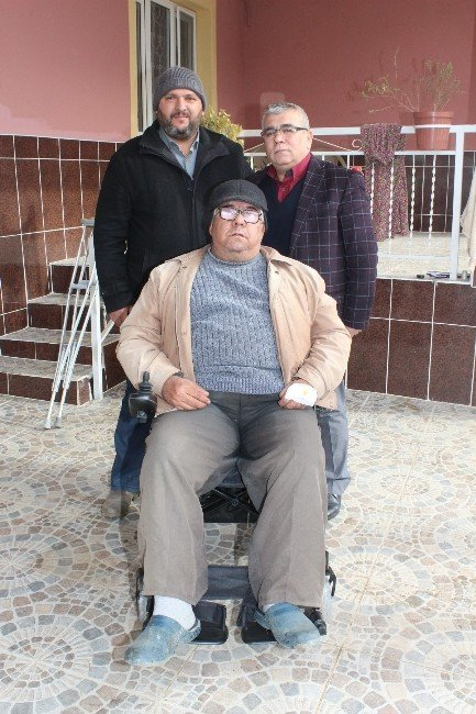 Başkan Karaçoban Bir Engelliyi Daha Sevindirdi
