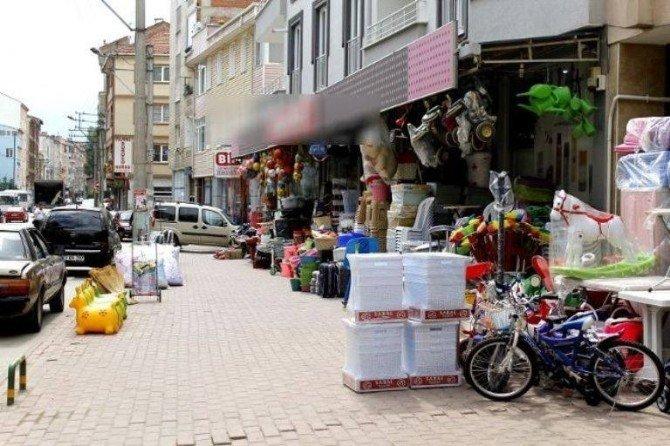 Karacabey'de 'Kaldırım İşgali' Ne Ceza Geliyor